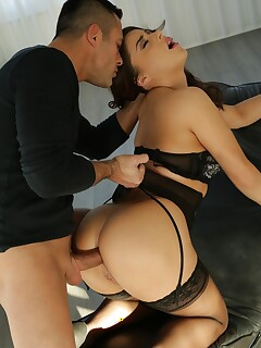 Nikki Waine blows cock and gets ass pounded