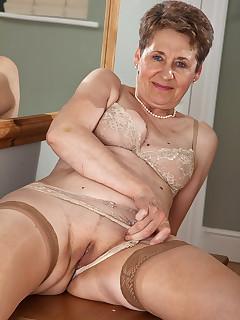 Granny Stocking Pics