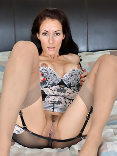 Anilos.com - Freshest mature women on the net featuring Anilos Olivia Bell anilos babes