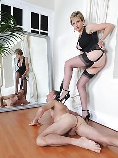 Lady Sonia - Lady Sonia Slave On His Knees