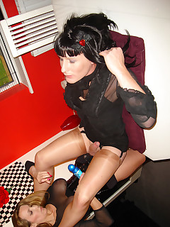 Stocking Crossdresser Pics