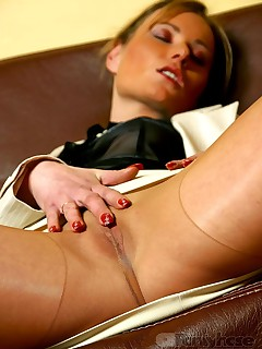 aPantyhose - Smutty business lady shows all in sheer pantyhose on sexy legs!
