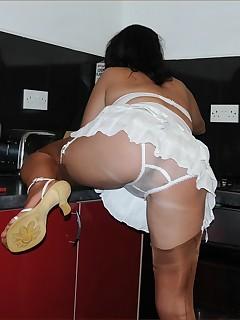 Stocking Upskirt Pics