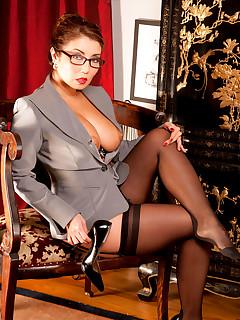 Leg Sex - Meet Your New Boss - Akira Lane (40 Photos)