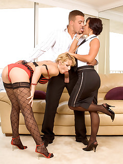 Leg Sex - Tiptoe Threesome - Katerina Kat, Sandra Romain, and Jarrod Steed (80 Photos)