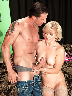 50 Plus MILFs - The New Polish Princess Of Porn - Ellie Anderson and Tony D'Sergio (45 Photos)
