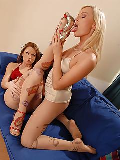 Pantyhose Thriller free photos and videos on HotLegsandFeet.com