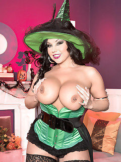 Scoreland - Tits Or Treat? - Sheridan Love (67 Photos)
