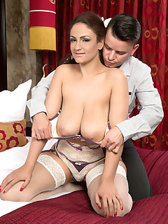 Scoreland - Sex-Bomb From Spain - Sandra Milka and Richy (60 Photos)
